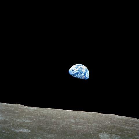 NASA / Bill Anders 月から見た「地球の出」