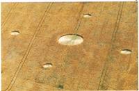 1987年、ベックハンプトンで発見された五つ目のサークル(1991, ラルフ・ノイズ編『ミステリーサークルの真実』集英社)